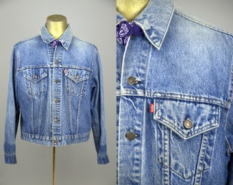 Levis Trucker Jacket Blue Denim Distressed Ranch Hand Two Pocket Jean Jacket