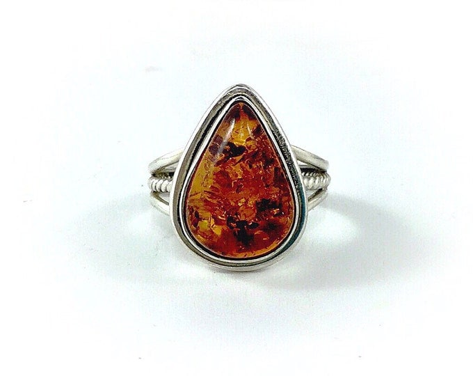 Beautiful Sterling Amber Ring, Silver teardrop ring with natural amber cabachon. Multi tonal amber sterling ring. Scandanavian style Ring.