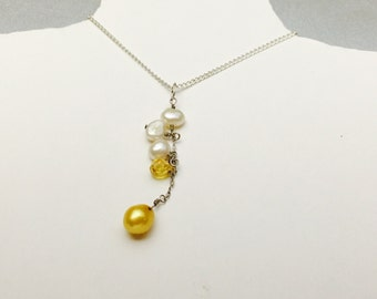 Vintage Pearl cluster pendant/Necklace  Silver & plated, Romantic design, item No S778