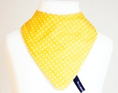 White on yellow minispots dribble bib