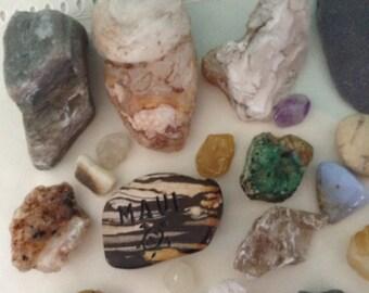 Rocks and minerals - Instant Rock Collection - gems - quartz crystal - rock specimens