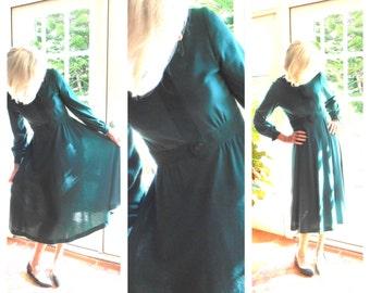 Vintage Abe Schrader dress dark green 1970's refined suede trim better dresses traditional minimalist winter: small, medium