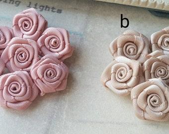 14-15 mm Grosgrain Tiny Rose Flower  (.si)