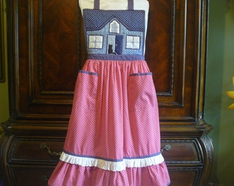 Vintage Hand Made Boutique Quilted Bib Double Pocket Gathered Skirt with Ruffle Back Tie Full Apron