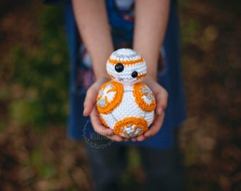 BB8 inspired crochet doll made with cotton yarn