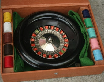 Vintage Real Roulette Miniature Game, Roulette Casino Gambling Game, Vintage Roulette Game, Mini Roulette, 1940's, Lowe