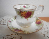 Vintage English Bone China Teacup and Saucer Rosina China Queens, Tea Cup and Saucer with Elegant Roses