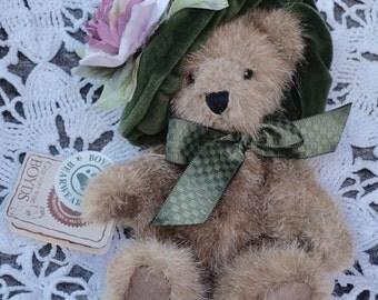 """Gen-Yoo-Wine Boyds Bears """"Antoinette Devearvoire"""""""