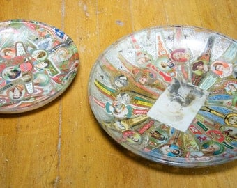 Vintage Set Of 2 Cigar Band Glass Dishes