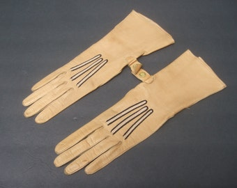 Stylish Tan Leather Stitched Gloves c 1970s