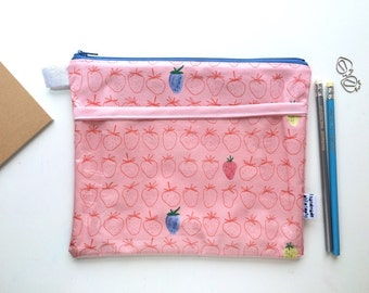 Strawberries Divided Pouch Medium (handmade philosophy's pattern)