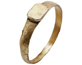 Early Medieval, 11th century.  European Man's Ring Large size, 10 3/4. [FNS1418b]