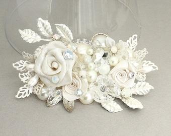 Bridal Hair Accessory- Floral Bridal Comb- Rhinestone & Pearl Bridal Comb- Ivory Bridal Hairpiece- Off White Bridal Comb- Ivory Bridal Comb