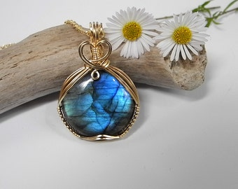Labradorite Pendant Wire Wrapped in 14 KT Gold Fill, Blue Flash,  Aurora Borealis, Mystical, Protective Labradorite, Mystical Moon Designs