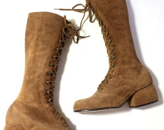 60s 70s mod lace up go go boots / tan suede leather boots / aprox 5.5-6