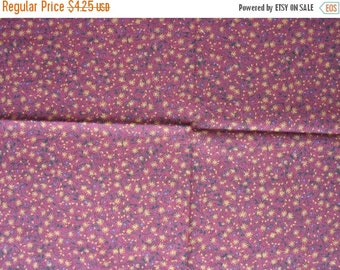 40% OFF Cotton Quilt Fabric Remnant Rust Barn Red with Tiny Yellow Flowers Daisies - 1/3 Yard - CFL0405