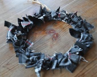 Thomson Tartan Wreath made from Grey Granite and Thompson Grey tartan. Scottish Heritage Gift, Scottish Christmas Gift. Gothic decor