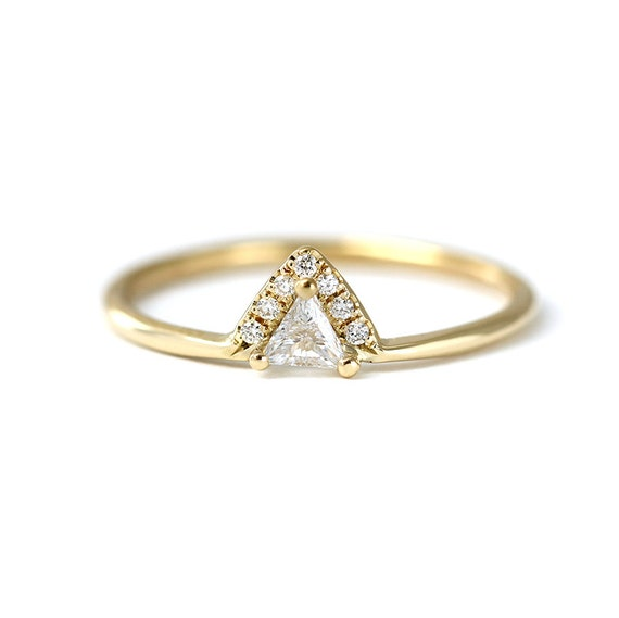 triangle engagement ring trillion ring