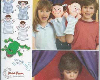 Simplicity 1729 Pakaluk Puppets Children's Hand Puppets Sewing Pattern, UNCUT