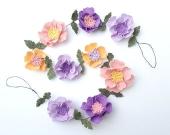 Felt flower garland, lavender baby decor, above bed decor, floral garland, wedding garland, nursery garland, felt flower vine,