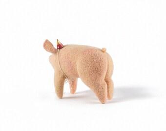 Needle Felted Pig // Pig Finger Puppet // Felted Pig // Felted Animal
