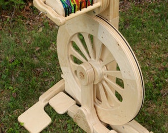SpinOlution MACH III spinning wheel, brand new, free shipping in US