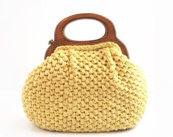 Darling Bright Yellow Woven Raffia 1950s Vintage Purse w/ Wood Handle / Spring Summer Beach / Hand Bag 1960s