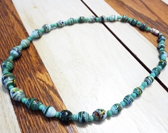 Handmade Necklace with Green Glass Lamp Work Beads T4