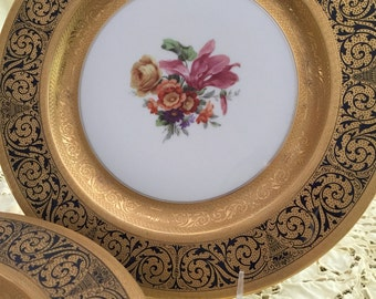 Antique Plates/12 Dinner Plates/Bavarian Hutschenruther/22 Kt Gold Embellishments/Wedding Gift/Luxury Tableware/Dinner Party/Cabinet Display