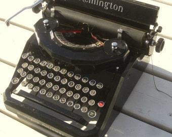 SALE!! 1930's Remington Typewriter , Remington Noiseless Typewriter , Vintage Typewriter , Art Deco