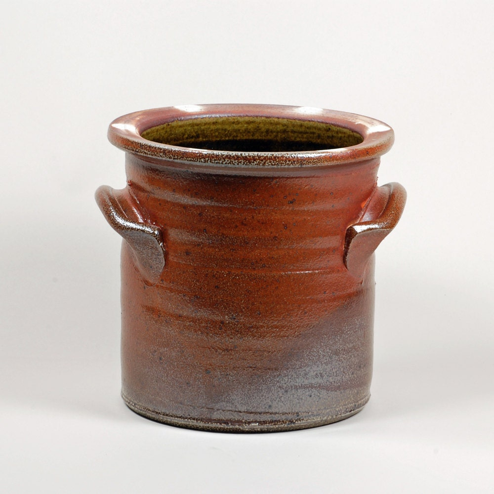 Traditional Salt Glazed Kitchen Crock By Guillermocuellar