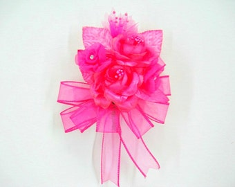 Fuchsia floral corsage, Birthday wearable corsage, Special celebration bow, Anniversary corsage, Wedding corsage, Prom corsage (GN127)