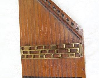 Antique Phonoharp No. 21.Antique Musical Instrument.Zither Phonoharp.Stringed Autoharp.Wooden Instrument.Antique Music.Stringed Instrument.
