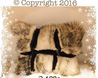 P-128 Genuine White Beige Badger Black Mink Fur Pillow 17 x 13.5