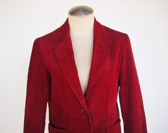 70s burgundy fitted wide-ish wale corduroy women's blazer with two front pockets