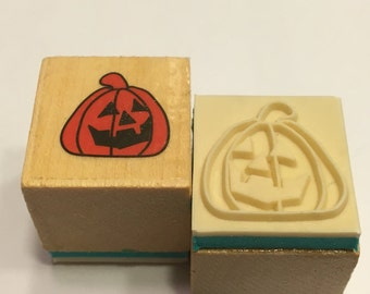 small scary pumpkin rubber stamp, 20 mm (BR88)
