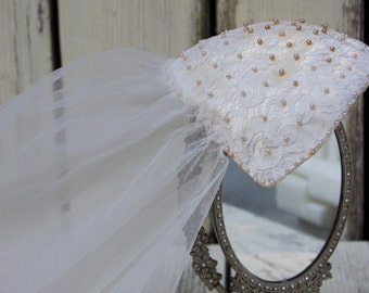 Wedding Veil Fascinator hat. Wedding veil cap.Lace Beaded vintage wedding veil hat. Vintage wedding hat. Vintage wedding veil