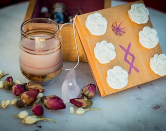 Aphrodite's Blessing love magic spell kit, draw love to you and be attractive to your lover