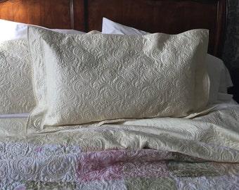 Quilted Pillow Sham - Standard/Queen Size Pillow Sham Custom Quilt Heirloom Wedding Quilt Ivory White