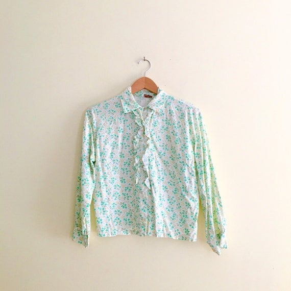 Vintage Wallpaper Print Floral Blouse // Retro Yellow and Green Flower Shirt // Hipster Button Down // Indie // Long Sleeve Top - 1960s 1970