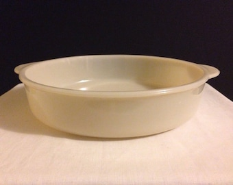 Anchor Hocking -Fire King - Ivory Cake Pan - Bake Ware - Oven Glass