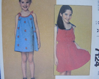 vintage 1980s McCalls sewing pattern 7124 girls dress size 4