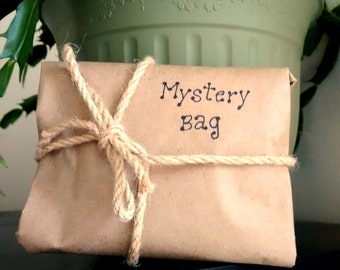 Mystery bag, surprise bag, mystery package, silver jewelry, mysterious jewelry, made in quebec, kraft surprise package, grab bag, surprise