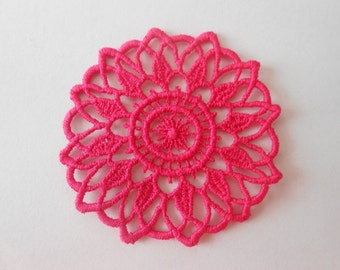 Rosette in guipure of pink colour for your creations