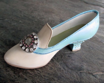 vintage miniature shoe statue collectible resin with rhinestone buckle heel white blue pump