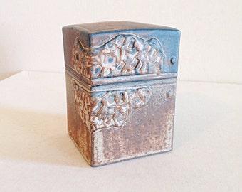 Beautiful Vintage Studio Pottery Handbuilt Clay Box