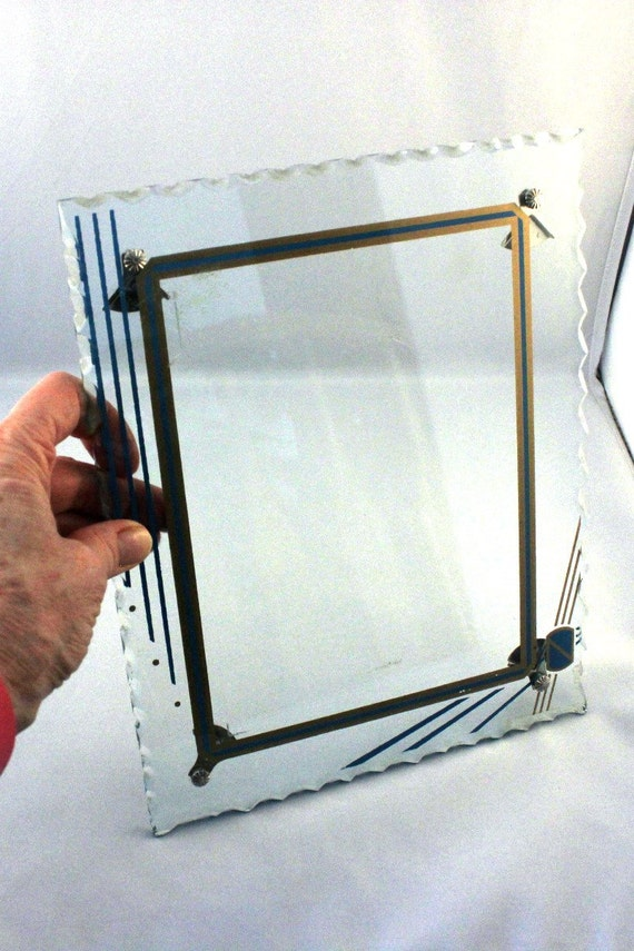Reverse Painted Art Deco Glass Picture Frame With Scalloped