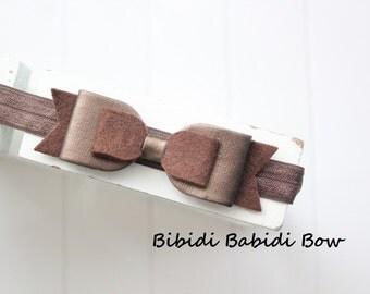 Felt bow headband- Brown bow- faux leather- infant headband- Baby girl headband- Birthday gift-Toddler headband -Hair accessory- Baby shower