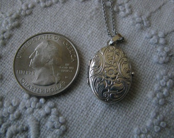 Vintage Chased Sterling Silver Oval Locket and Chain Graduation Christmas Birthday