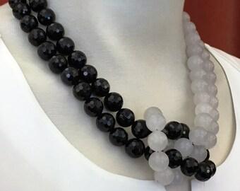 Necklace Onyx polished jade white (No. 3)